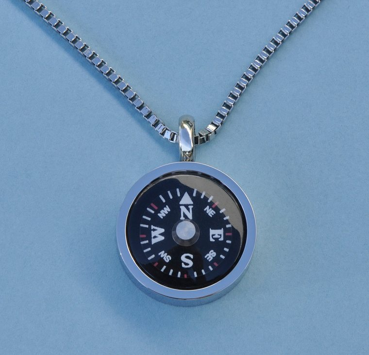 Thin Bezel Stainless Steel Working Compass Pendant with Chain